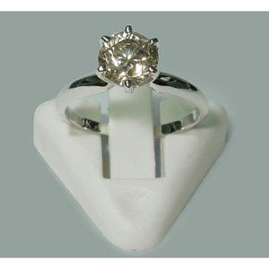 1.50 carat Solitaire round cut diamond engagement